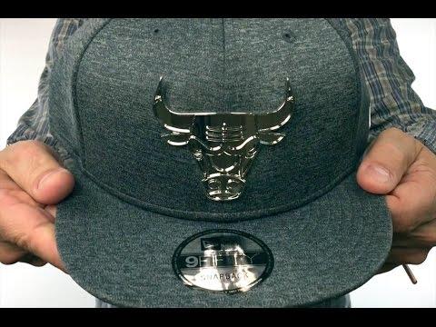 online store 077c1 79f8d Bulls  SILVER METAL-BADGE SNAPBACK  Shadow Tech Hat by New Era