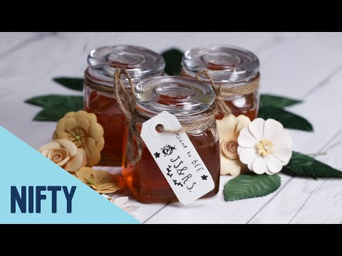 7 Creative And Affordable DIY Wedding Favors