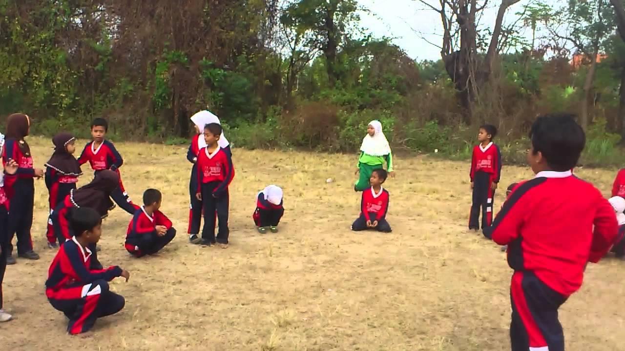 Image result for foto anak sd olahraga