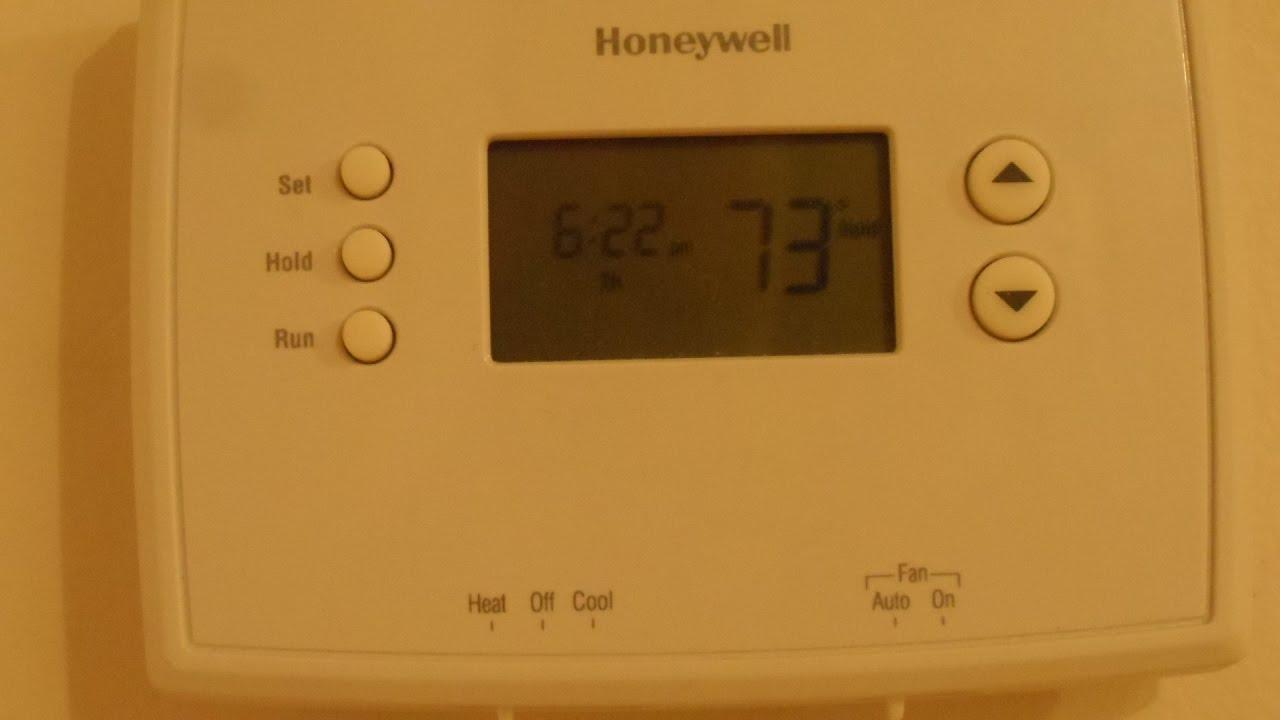 medium resolution of quick battery access honeywell thermostat rth2300 rth221