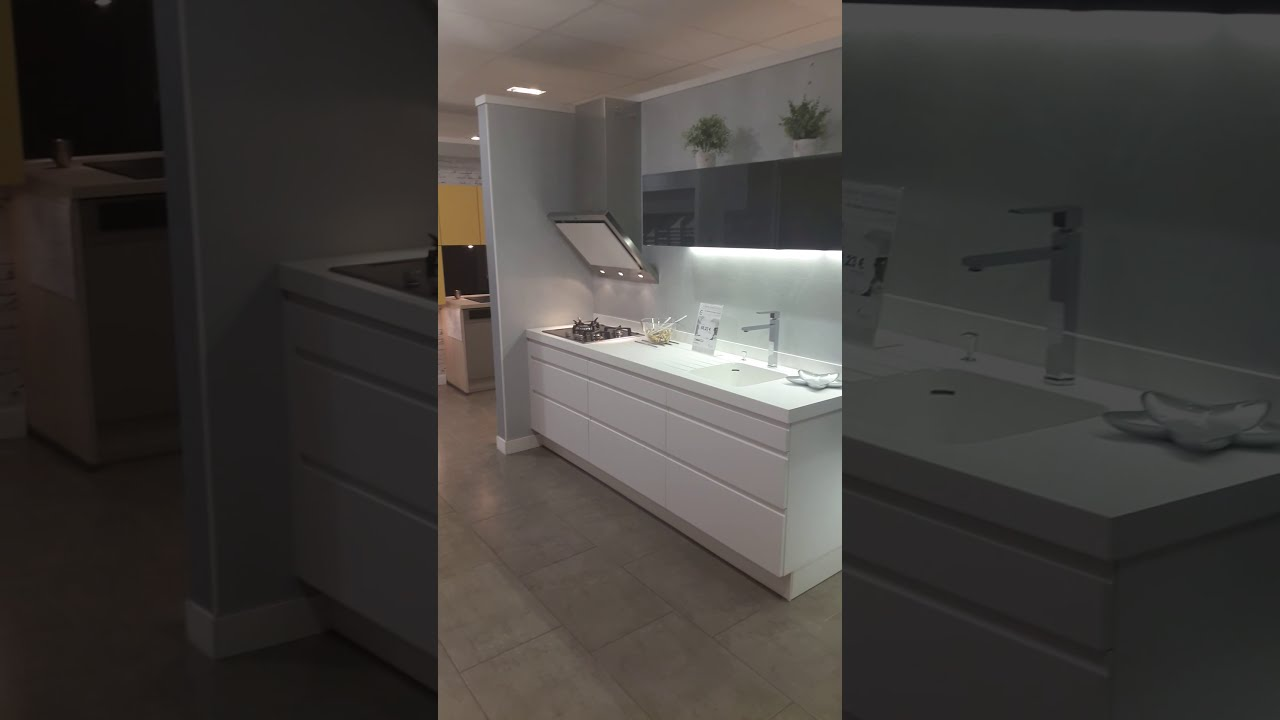 cuisines turini agence portet sur garonne youtube. Black Bedroom Furniture Sets. Home Design Ideas