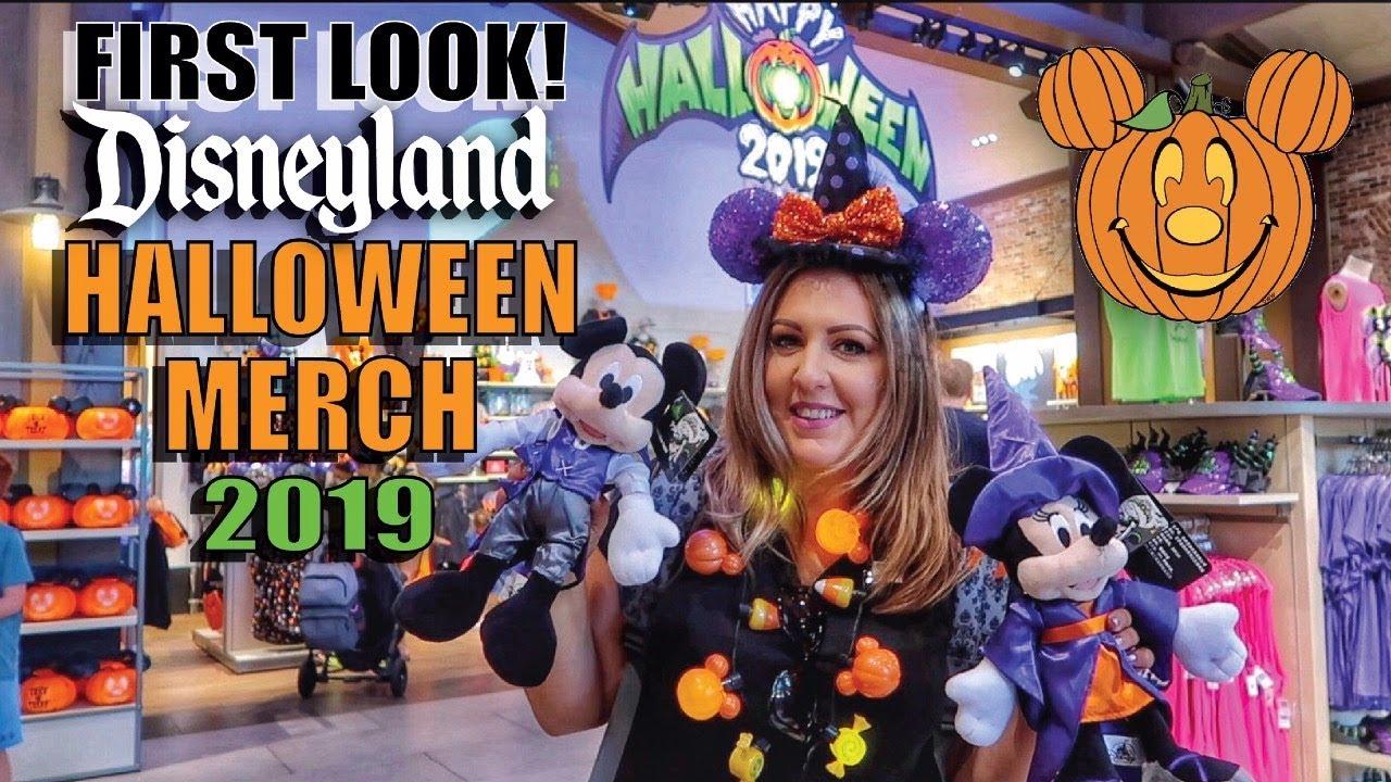 Halloween In Disneyland 2019.First Look All New Halloweentime Merchandise At Disneyland For 2019