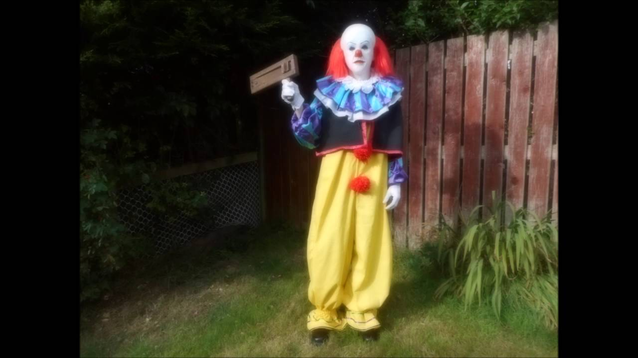 Stephen King S Pennywise It Clown Costume Custom Made Youtube