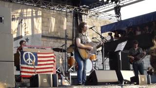 "Ryan Adams: ""Oh My Sweet Carolina"" - Newport Folk Festiival 7.25.2014"
