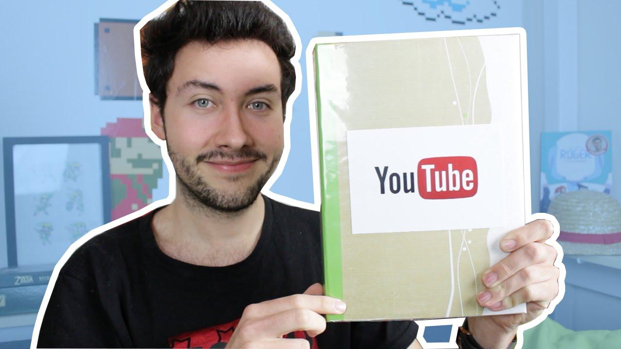 Un tr s beau cadeau de no l pour un youtuber youtube - Faire un beau paquet cadeau ...
