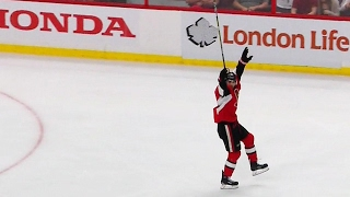 Gotta See It: Senators use theatrics to get refs attention