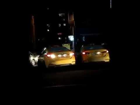 такси двойники (одинаковые номера)