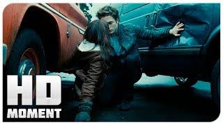 Эдвард спасает Беллу - Сумерки (2008) - Момент из фильма