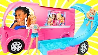 Barbie and Chelsea Pop Out Camper 2017! Baby doli and Camping bus