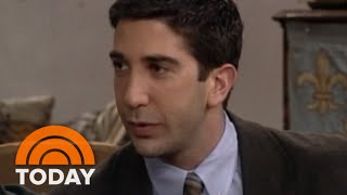 David Schwimmer Describes 'Friends' To Katie Couric In 1994 | TODAY