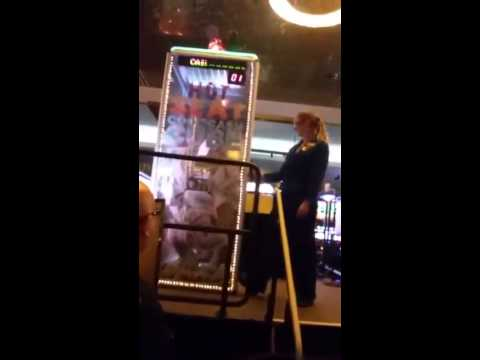 Hitting Big at Foxwoods Casino