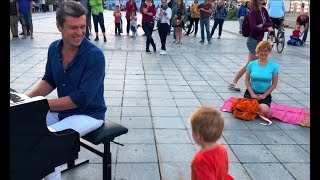 Gambar cover street piano performance: people were shocked...