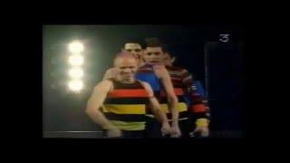 """""""כולם רוקדים עכשיו"""" (מתוך הופעת הפרידה של """"היי פייב"""")"""