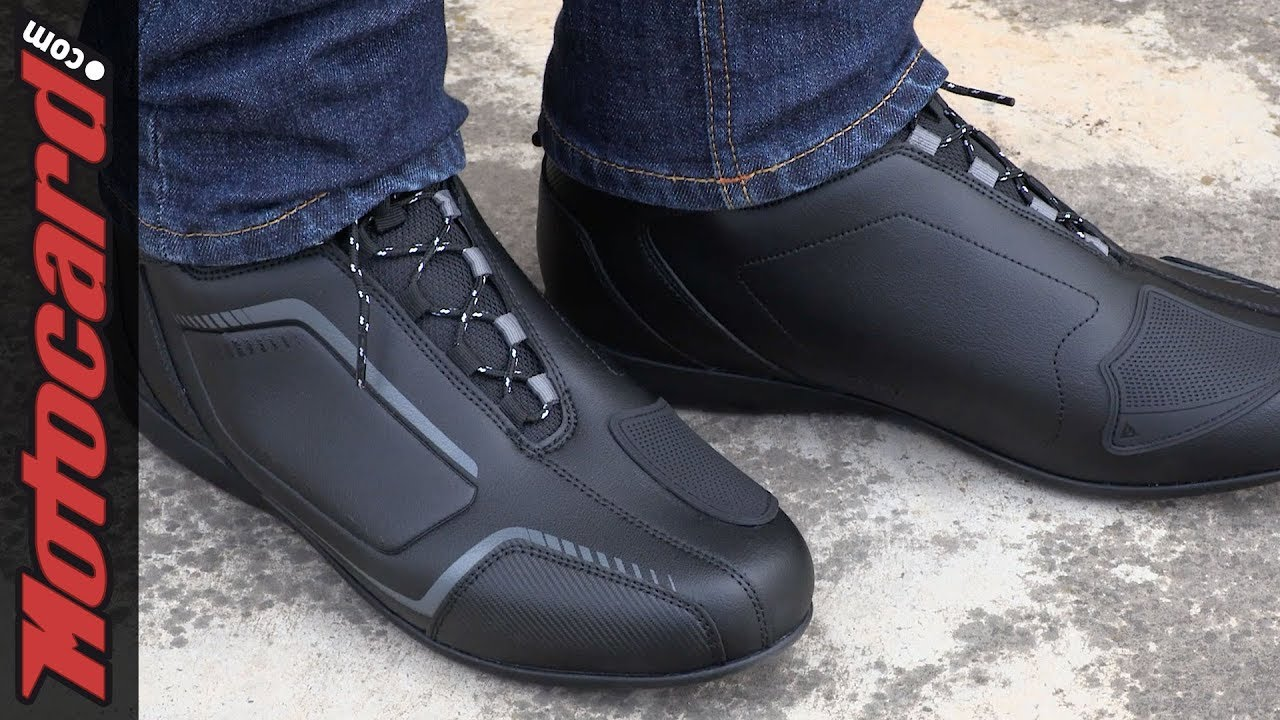 Review: Dainese Raptors, the ideal motorcycle shoe for your