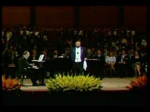 "Luciano Pavarotti - Un'Aura Amorosa ""Cosi Fan Tutie""/Mozart"