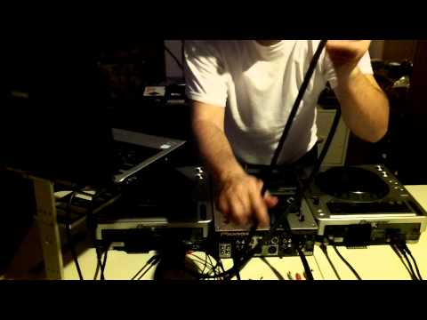 How To Set Up Serato Scratch Live With The SL1