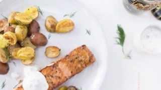 How to make Skillet Salmon with Yogurt Sauce