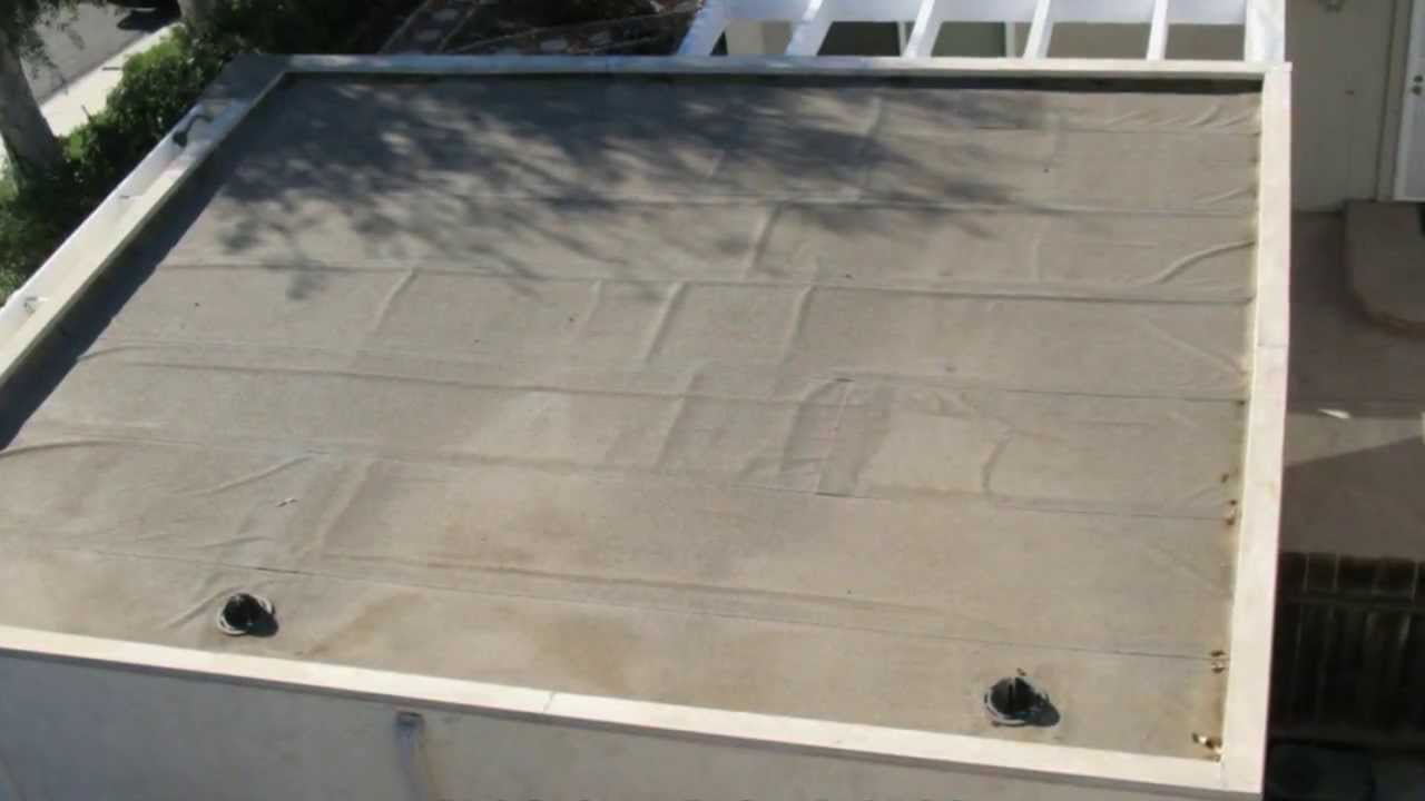 Flat Roofs With Wrinkles In The Roofing Materials Can
