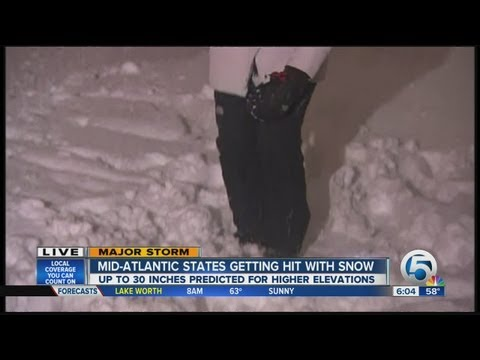 Mid-Atlantic states get hit with snow