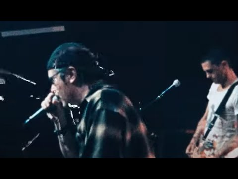 "Dead Cross feat. Mike Patton/Dave Lombardo debut ""Skin Of A Redneck"" video"