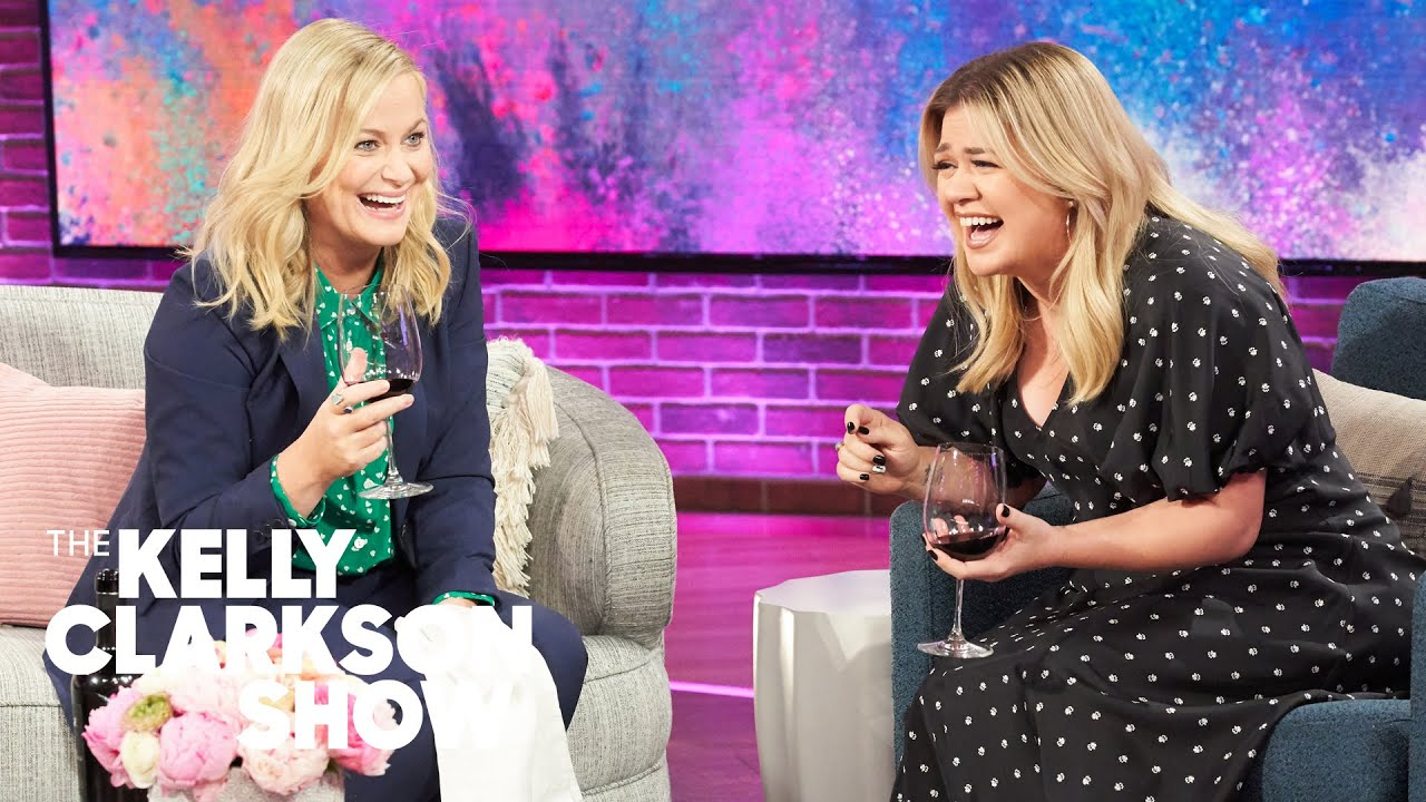 Amy Poehler's Secret Wine Bottle Opening Skills Impress Kelly