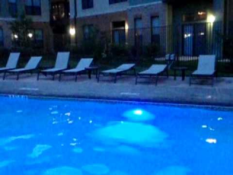 La Frontera Pool RoundRock-outside Ben's loft.AVI
