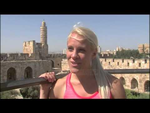 Kurajo në Jerusalem, amerikania ruan ekuilibrin në 30 m lartësi - Top Channel Albania - News - Lajme