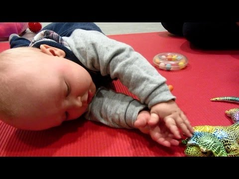 Physiotherapy for Babies (day 127)