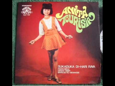 Anita Tourisia - Selendang Merah.........Martayuda.wmv