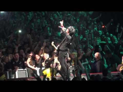 Green Day - Boulevard of Broken Dreams - Live - Leeds 2017