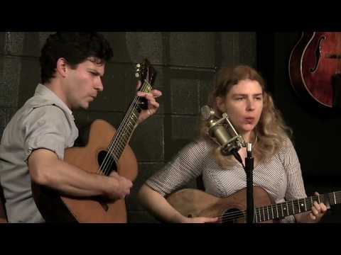 Frank Fairfield & Meredith Axelrod - San Antone - Live at McCabe's