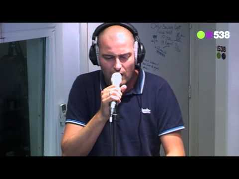 Lange Frans - Beloofd is Beloofd (Live Bij Friday Night Live)