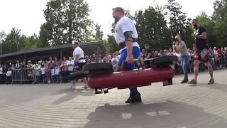 Alexey Markov VS Egor Kaiju Makarov. Farmer's walk 2х130 kg.Strongman Open League 16/17. Final