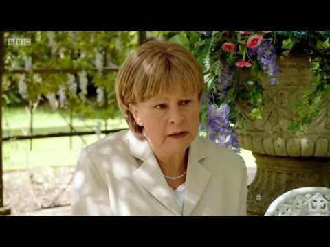 Tracey Ullman as Angela Merkel - Brexit Song