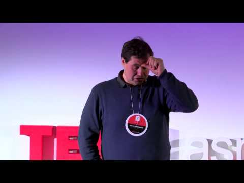 What is seen by the visitor and what is not seen by the local? | Eduard Kohlhov | TEDxLasnamäe