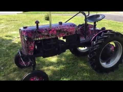 Antique Tractor Restored Farmall Cub 1950 Camo
