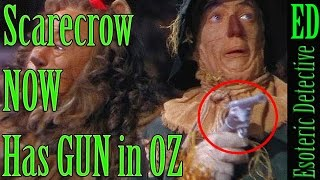 Mandela Effect | The Scarecrow NOW HAS a GUN in The Wizard of OZ | #MandelaEffect