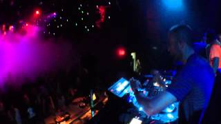 """Bass Kleph Playing """"epic"""" Live On Maschine   Playhouse, Hollywood (18th June, 2012)"""