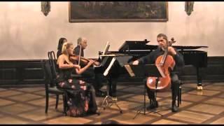 L. v. Beethoven - Klaviertrio Es-Dur Op. 70 Nr. 2 | Trio Manaz (1/2)
