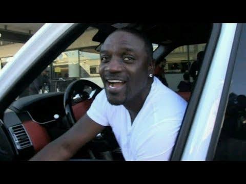 What happened to Akon?!