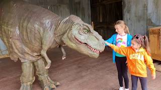 Giant T-Rex Dinosaurs Adventure For Kids