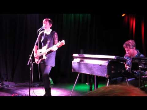 The Bird and the Bee -- Again & Again (Live) 12/13/15 The Federal Bar