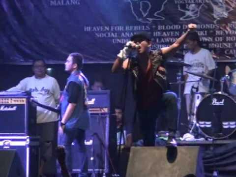 Rebellion Rose - Rangkul kembali @NKF Pasirian