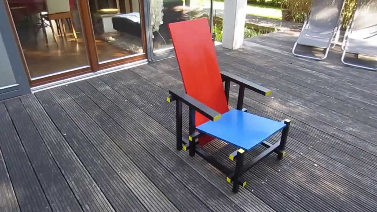 Miniatuur Rietveld Stoel : Red and blue chair youtube