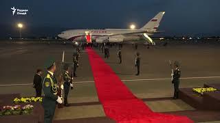 Путин дар фурудгоҳи Душанбе