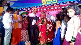 Путешествие по Индии. Продолжение церемонии индийской свадьбы. Зал полон родственников.