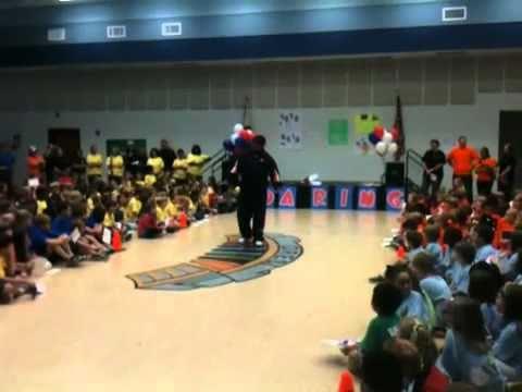 Trooper Taylor Speaks to Dean Road Elementary School