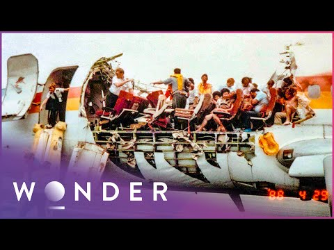 The Miracle Landing Of Aloha Airlines Flight 243 | Mayday S3 Ep1 | Wonder