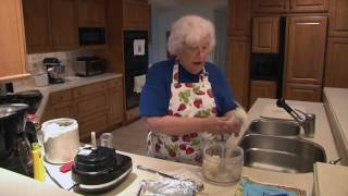 Nana's Famous Lemon Squares Recipe (1/2)