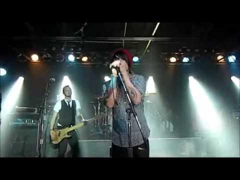 """Criminal"" by Framing Hanley LIVE at The Machine Shop"